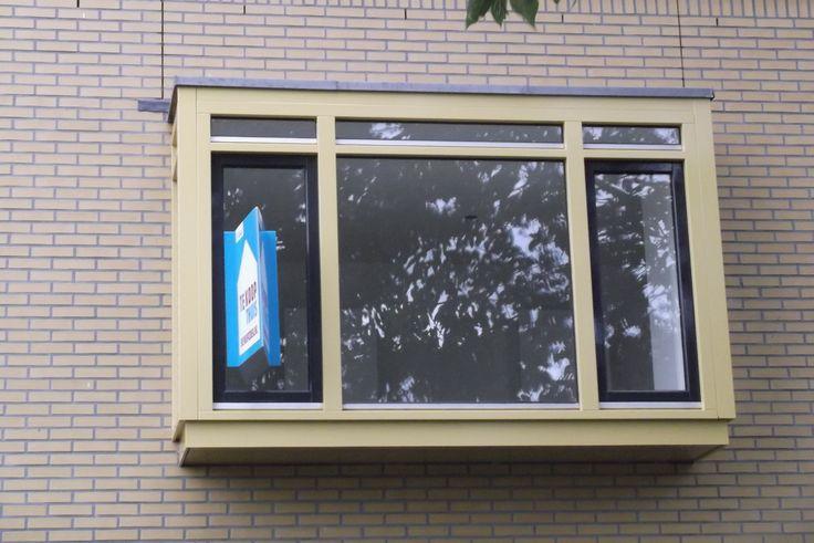 raam met erker te koop