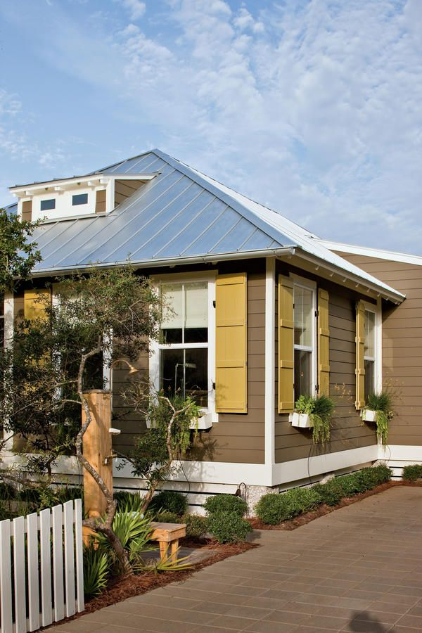25 best ideas about prefabricated home on pinterest for Off site built homes