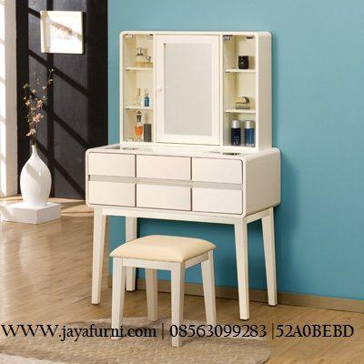 meja rias minimalis 6 laci model minimalis dengan 6 laci komplit dengan rak di sis sisi cermin, model cermin pintu inside terdapat rak untuk menaruh make up