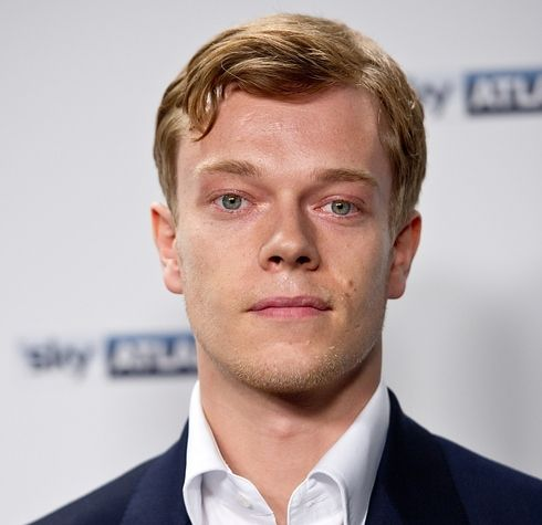 """Theon Greyjoy (Alfie Allen) 