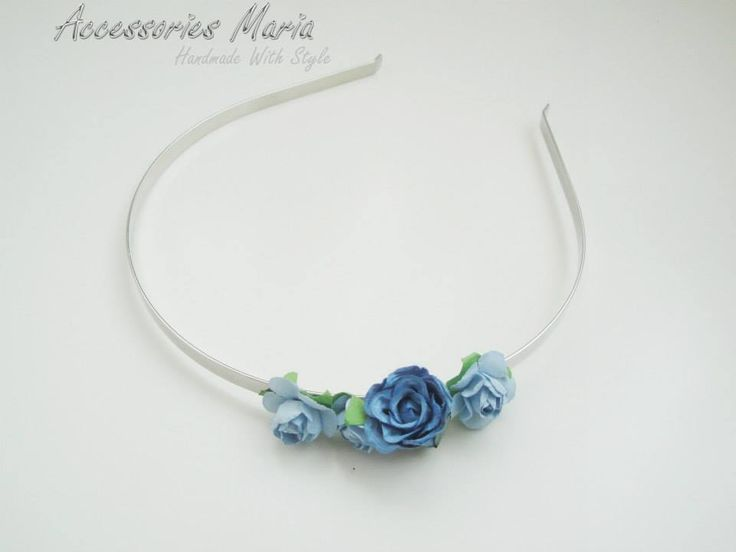 Cercei cu floricele (13 LEI la AccessoriesMaria.breslo.ro)  #headband #flowers #roses #handmade #AccessoriesMaria