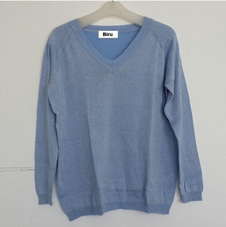 #Sweater Gliter Import Lengan Panjang (B082) ~ 125ribu. Warna : Biru. Bahannya bagus & halus #Bahan rajut. Ukuran : One Size/All size. Fit sampe ukuran XL (LD = 104cm, Pjg baju 60cm)