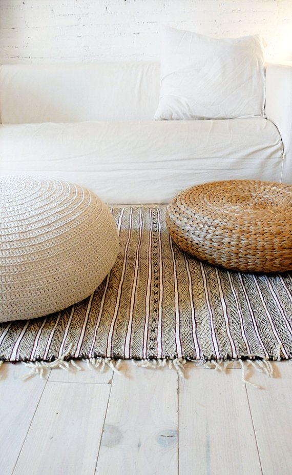 White and wicker textured living room style