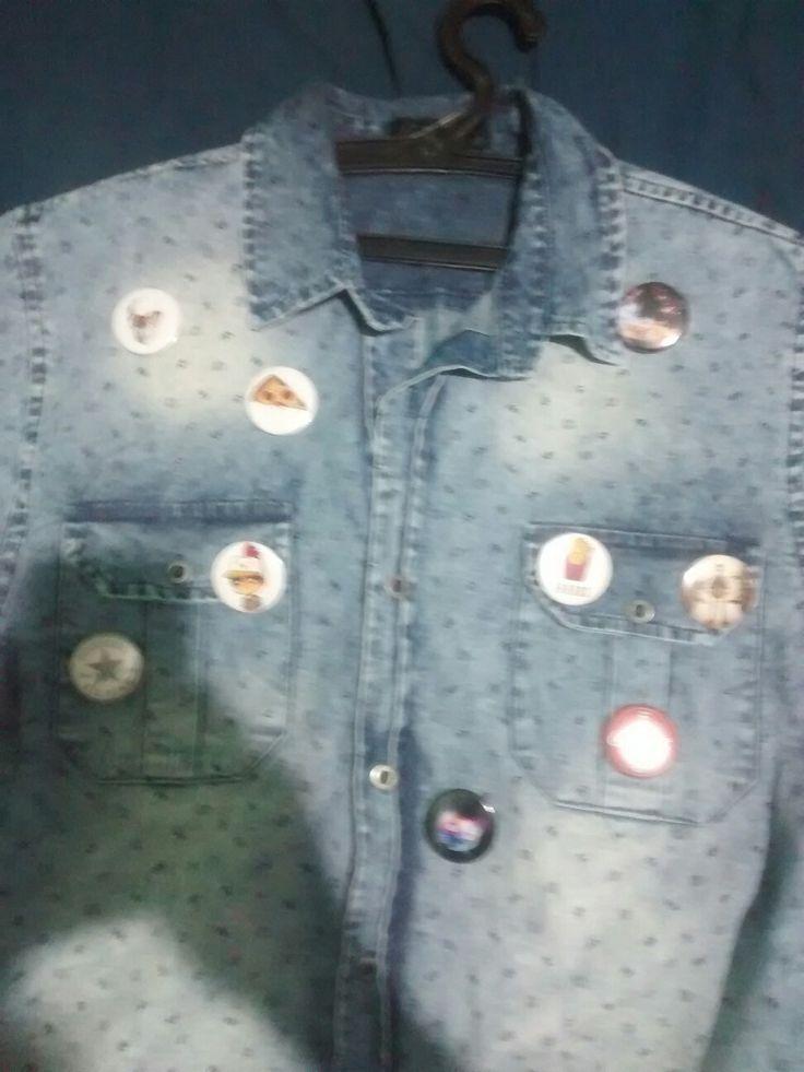 Os Botões Chegaram E customizei Essa Camisa Jeans, Deu um toque de Estilo