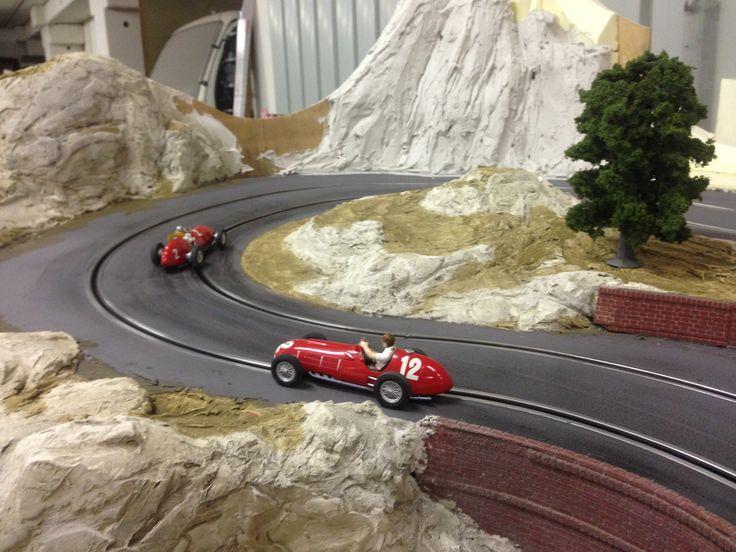 MOLETTARING SLOT TRACK Scalextric C2915 Ferrari 375, Alberto Ascari 1951 (C) c2803 Scalextric Ferrari 375 - Gonzales