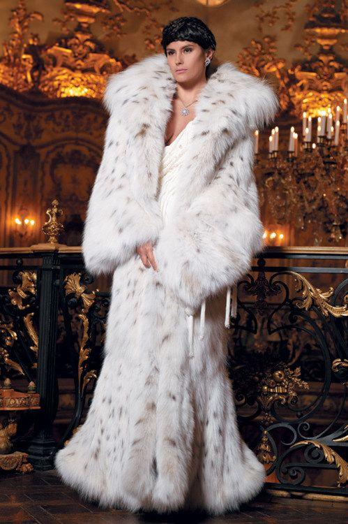 397 best Fur-Fashion images on Pinterest | Fur fashion, Fur coats ...