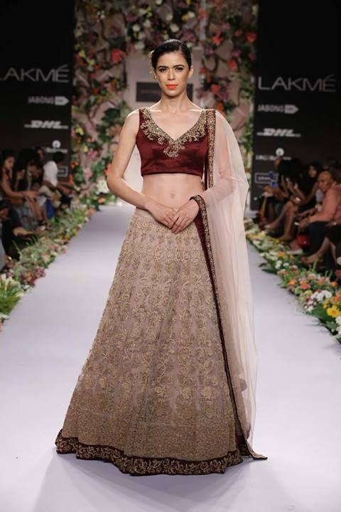Shyamal & Bhumika lengha. LFW 2014 #lehenga #choli #indian #shaadi #bridal #fashion #style #desi #designer #blouse #wedding #gorgeous #beautiful