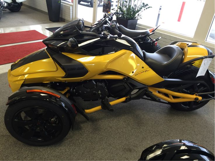 2017 Can-Am Spyder F3-S Daytona 500 (SM6) Circuit Yellow Metalic for sale in Winston-Salem, NC | Honda, Sea-Doo & Can-Am of Winston-Salem (888) 383-4021
