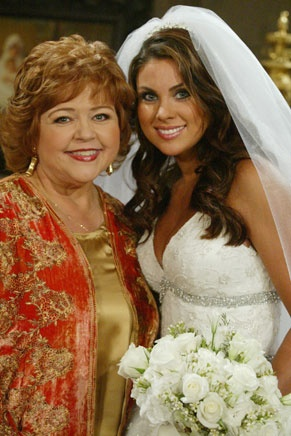 nevertheless chloe and brady were married and mother of