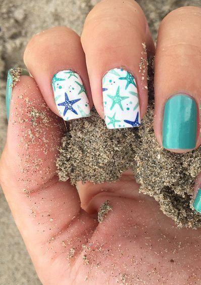 40+ Nail Art sur le thème de la plage pour des idées d'été