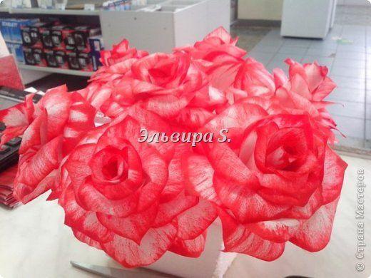 Поделка изделие 8 марта Моделирование конструирование розы из кофейных фильтров