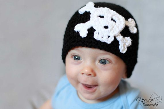♥: Skull Hats, Months Photography, Crossbon Hats, Happy Baby, Props Skull, Skull Cap, Baby Faces, Photography Props, Kid
