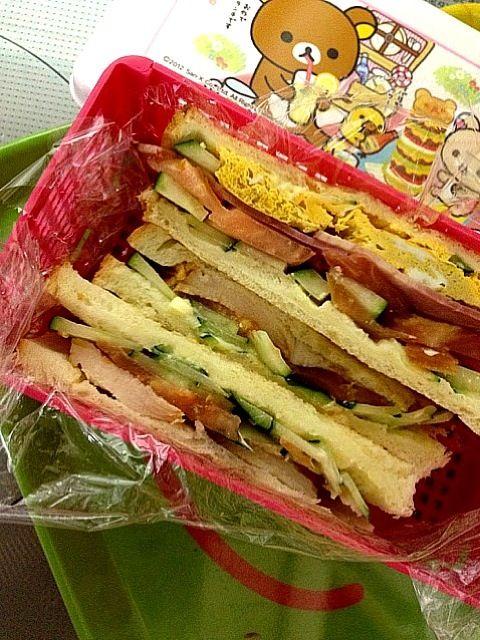 お金節約なり。でも具だくさん(^ω^) - 45件のもぐもぐ - またまたサンドイッチ! by kisa