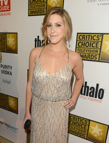 Eden Sher Photo - Broadcast Television Journalists Association Second Annual Critics' Choice Awards - Red Carpet (THIS IS SUE HECK)