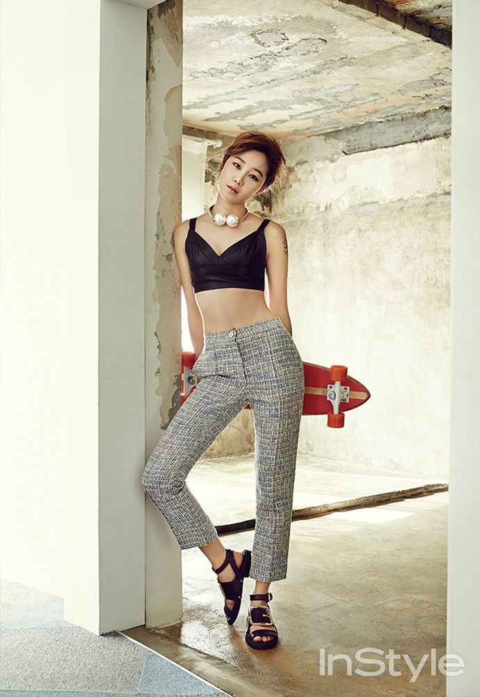 leather #bralette x chanel #pearls x highwaist #pants :: Gong Hyo Jin for InStyle Korea, July 2014