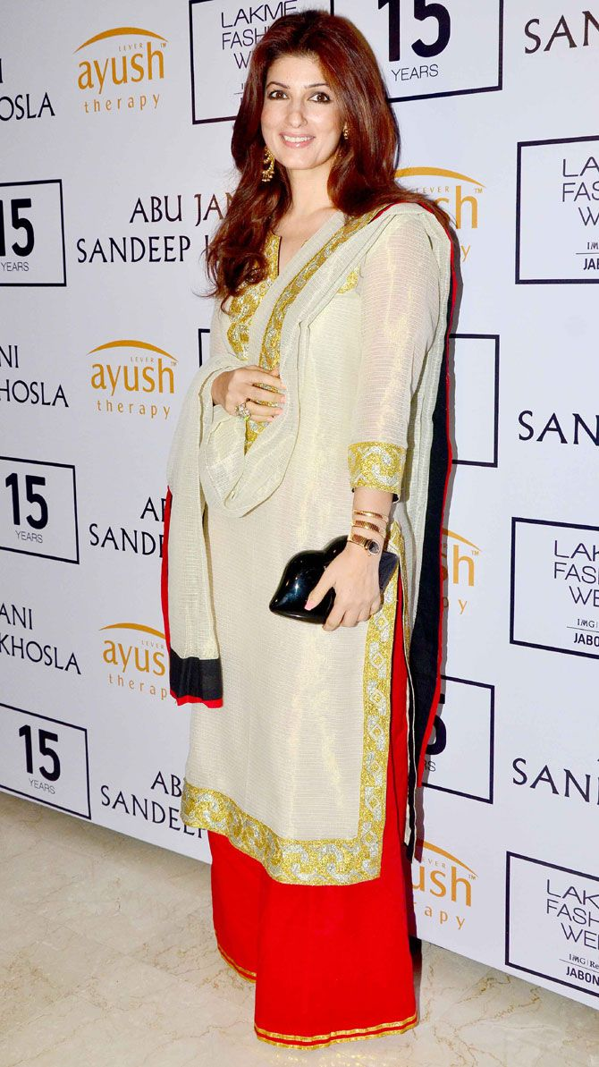 Twinkle Khanna at Lakme Fashion Week Winter/Festive 2015 opening show. #Bollywood #LFW2015 #Fashion #Style #Beauty #Desi #Classy