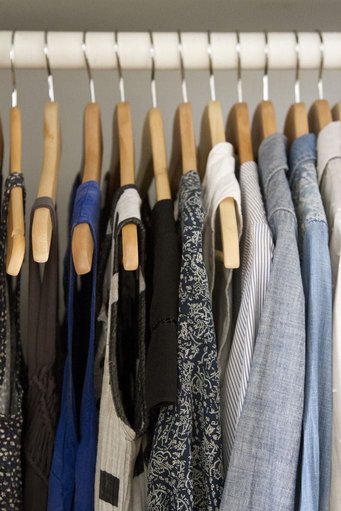 81b4bf483d7bde17bf8ee72638aef134 wardrobe design minimalist clothing