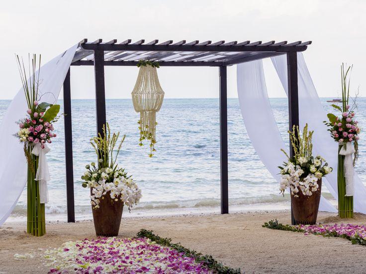 Orizzonte infinito per una Cerimonia dal profumo di mare....