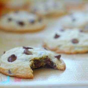 A chocolate chip cookie recipe without baking soda or baking powder! A simple recipe that creates fantastic cookies! Soft and chewy chocolate chip cookies!