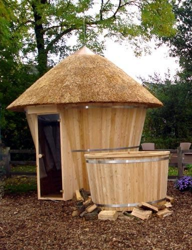 Private Sauna in garden plus Japanese Hot tub