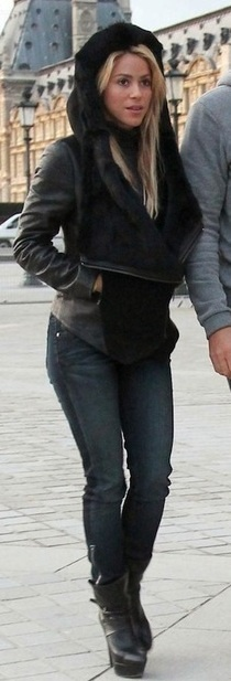 Shakira, winter casual black, love the boots
