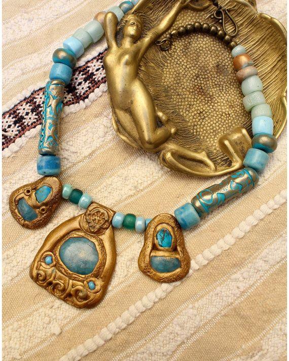 Collier byzantin mi-long à 3 pendentifs à par MesOdalisques sur Etsy