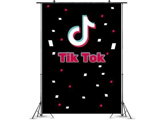 Tik Tok Cumpleanos Fiesta Suministros Decoraciones Nombre Etsy In 2021 Birthday Party Supplies Birthday Party Supplies Decoration Party Photo Booth