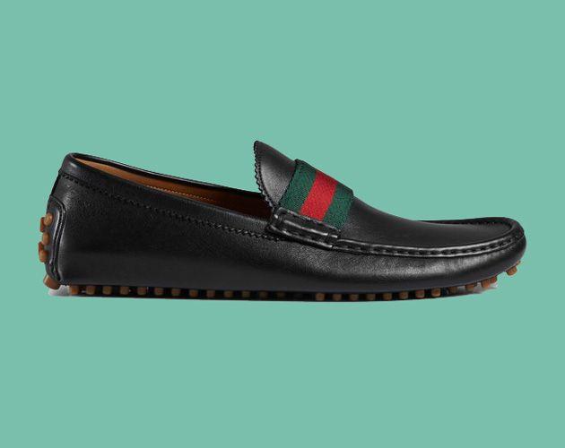 Mocasín driver   Gracias a su suela de goma se hace un zapato muy cómo de utilizar, brindando el aguante necesario para la noche de baile. Marcas: Gucci y Zara.