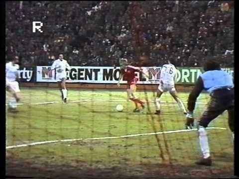 1. FC Kaiserslautern - Real Madrid 1982 UEFA-Pokal alle Tore Originalkom...
