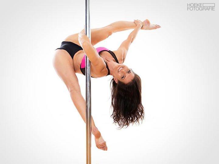 pole dance 63