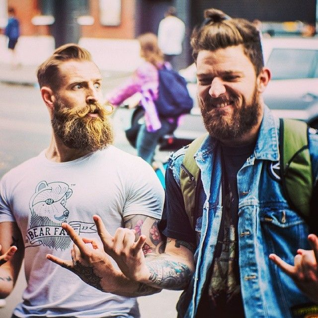 beecuzthenight:  What's better than a guy with a beard?  Two guys with beards, of course!  Oh my