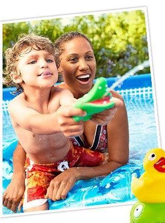Hračky pro děti do bazénu :)