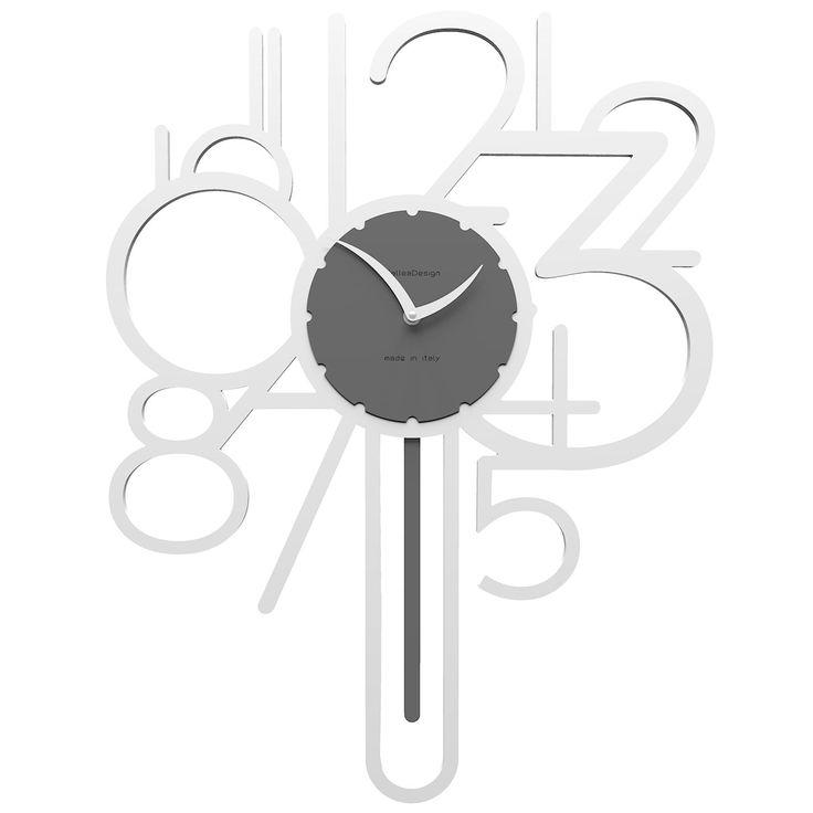 Reloj de péndulo Joseph de CalleaDesign. Estructura en madera DM a elegir entre variedad de colores. A pesar de su peculiar diseño, es fácil leer las horas gracias a su gran tamaño.