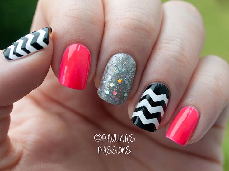 Love the mix of chevron and different colors