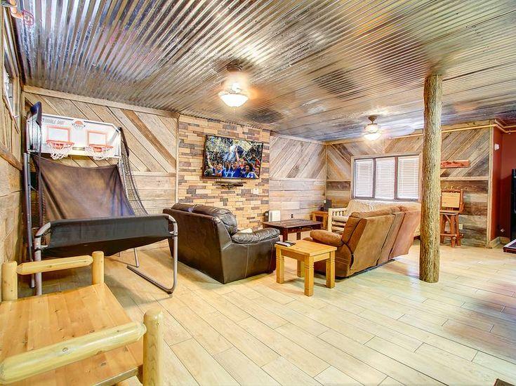 ALL AMERICAN 9 Bedroom Cabin Rental In