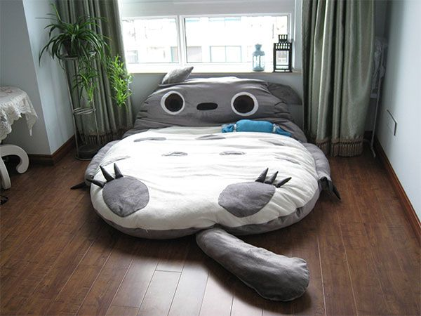 Get your own gigantic Totoro sleeping bag thing, and freak the fuck out with this fanboy | Offbeat Home