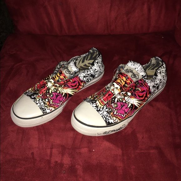 PRICE DROP $24 DON ED HARDY SNEAKERS DON ED HARDY LACELESS SNEAKERS EXCELLENT CONDITION LADIES SIZE 7 Ed Hardy Shoes Sneakers