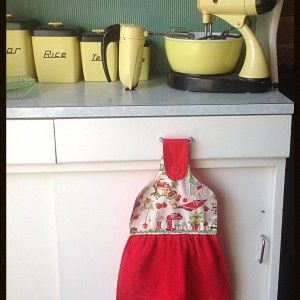 Kitchen Hand Towel - Retro Kitchen on Velvet Rose's Pin Up Dressing Room - The vintage shop tailored to you #Handtowels #StockingStuffer Free Postage within Australia