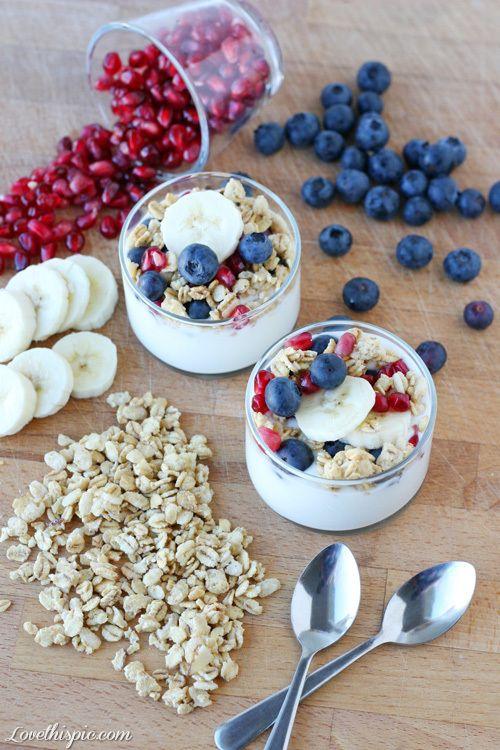 Parfaits food blueberry yogurt healthy food banana healthy eating oats parfait