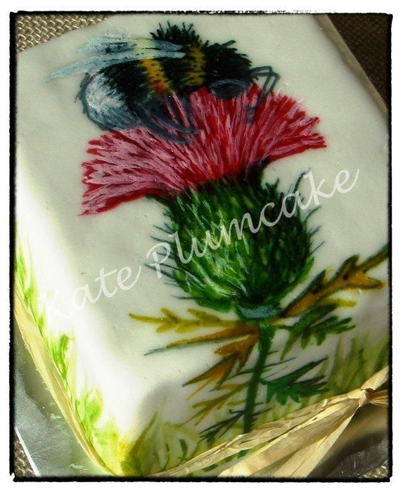 Thistle free hand painted - Cake by Kate Plumcake