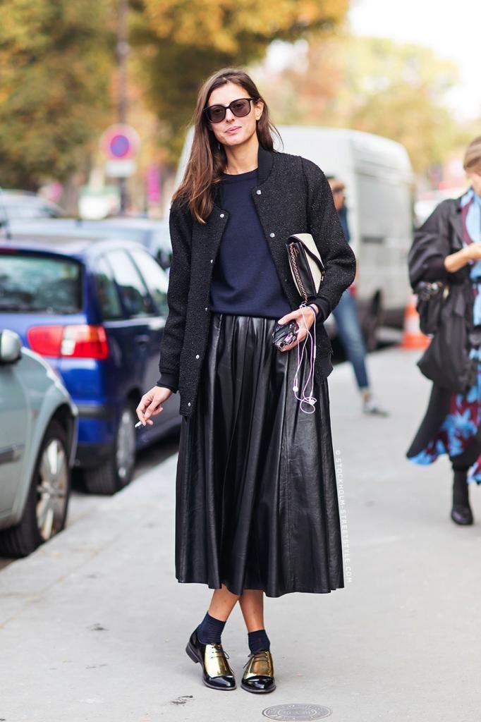 le-fashion-blog-street-style-leather-pleated-skirt-celine-gold-oxfords-paris-fashion-week-via-stockholm-streetstyle