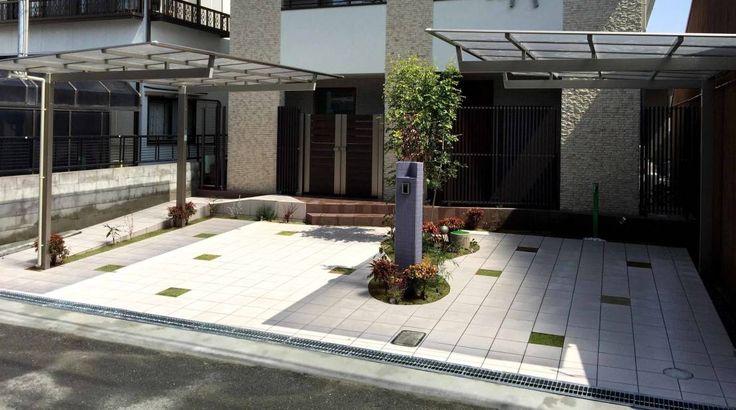 sotoDesign 株式会社竹本造園 の モダンな 家 ちいさな庭が ガレージの中央に