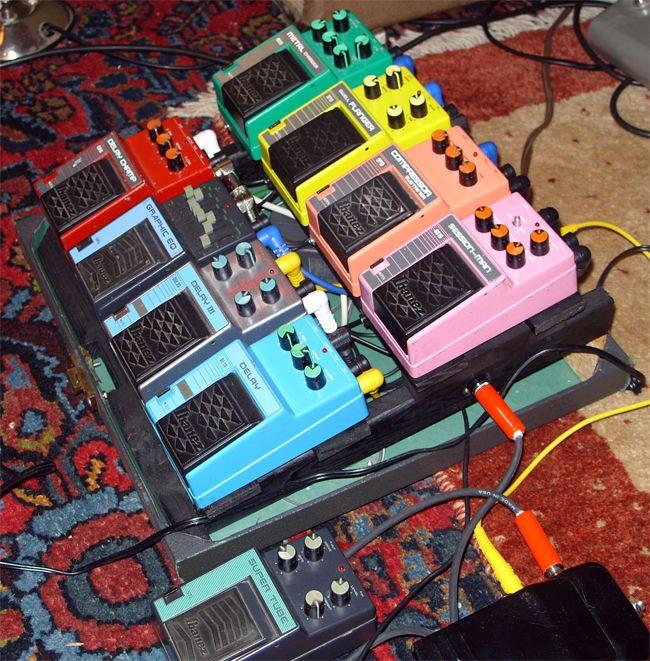 122 best ibanez pedal images on pinterest guitar pedals guitars and musical instruments. Black Bedroom Furniture Sets. Home Design Ideas