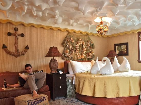 """10 extraordinarily designed hotels :::   6. The Roxbury, Contemporary Catskill Lodging, Roxbury, NY, United States ::: """"The decor of each room no matter the price category was as impressive as the next!"""""""
