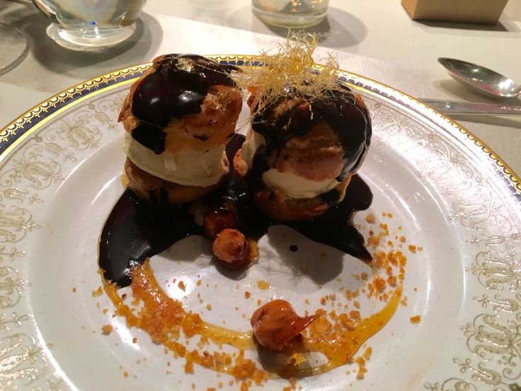Ice cream profiteroles with spun sugar