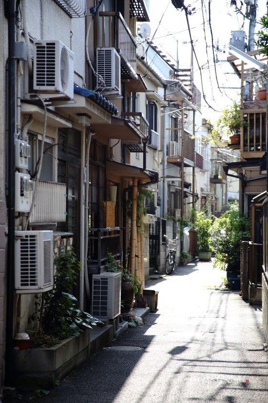 도쿄여행 7번째 스토리 & 야나카긴자 두번째 스토리 10월의 날씨가 29℃라는 믿기지 않는 날씨에 끈임...