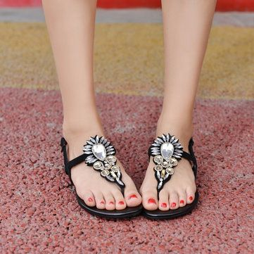 Bohemia Rhinestone Flat Heel Flip Flops Casual Beach Shoes - US$17.76