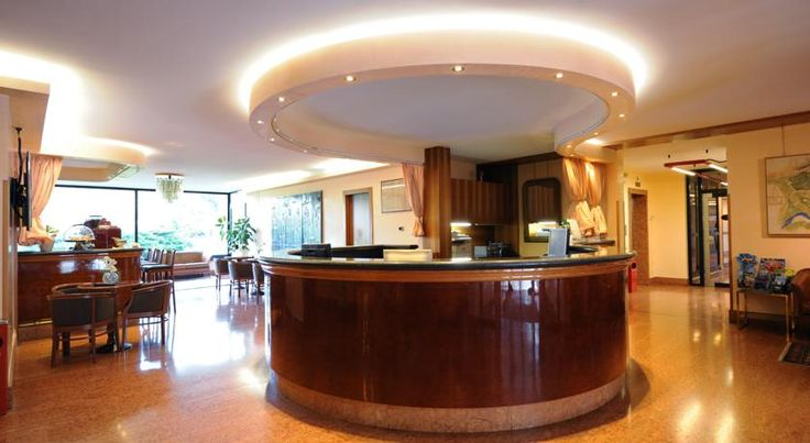 Residence all'Adige Verona Facing the Adige River, Residence all'Adige offers self-catering apartments and a 24-hour reception in a quiet residential area of Verona. Surrounded by a large park, it is 2 km from the city centre.