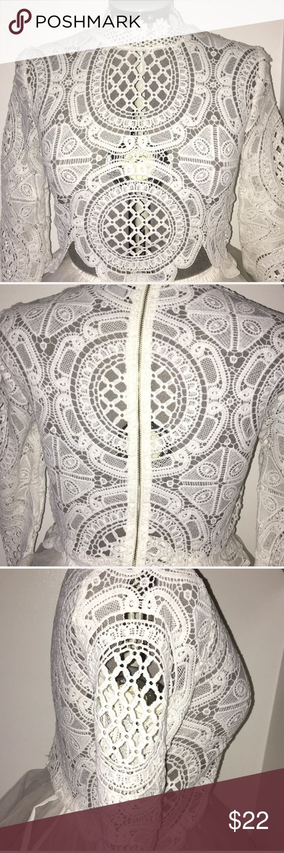 Long Sleeved Lace Top 2016 *Chicago Akira* White Lace Top.  Very Elegant but Edgy as well. AKIRA Tops Crop Tops
