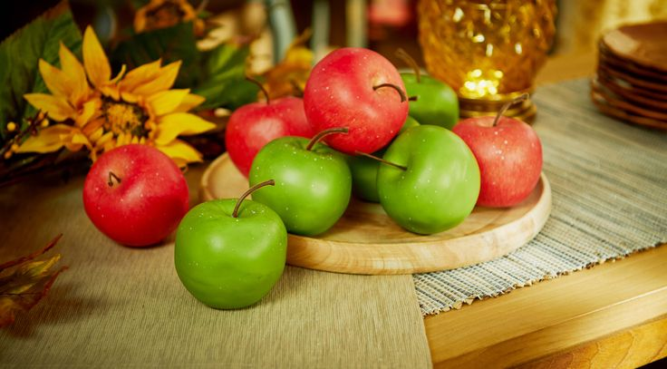 Realistic Apples (shown) or Pears include 9 pieces. H206298 http://qvc.co/-Shop-ValerieParrHill